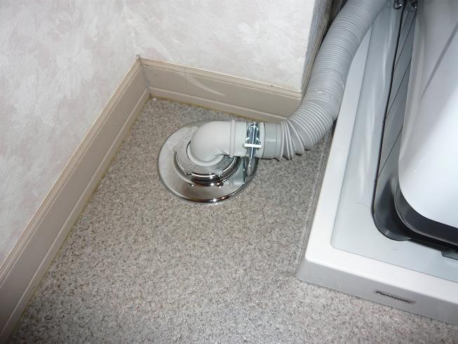 洗濯機の排水管が詰まる原因