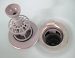 洗面台の詰まりやすい箇所その1:排水口のヘアキャッチャー