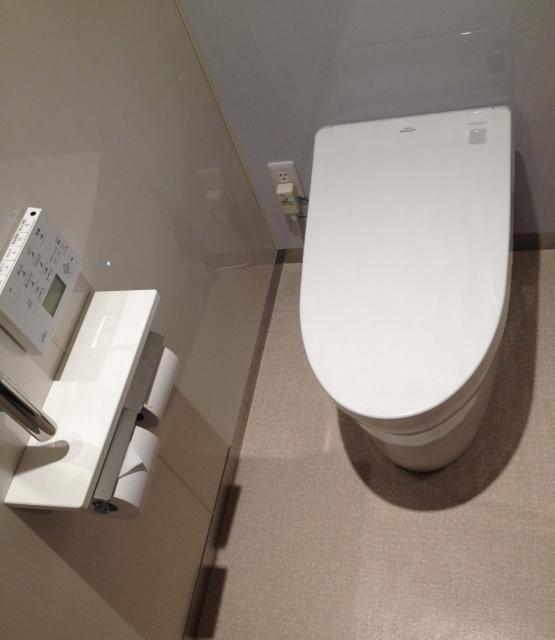 タンクレストイレの水が止まらない場合