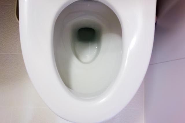 トイレの流れる水が少ない